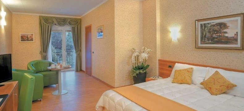 CAMERE DELUXE ELE Green Park Hotel Pamphili